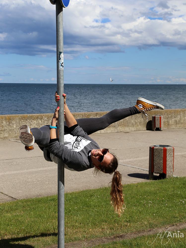 """Street pole, czyli """"uliczna"""" wersja mojego ukochanego pole dance! ;)"""