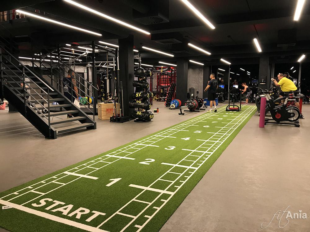 Strefa Crossfit na siłowni Nutrend World